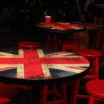 mesa gra bretanha e banqueta baixa alemanha (2)